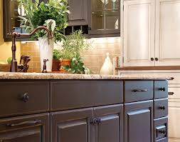 Cottage Kitchen Island by Cottage Cabinets With Comfortable Variety Plain U0026 Fancy Cabinetry