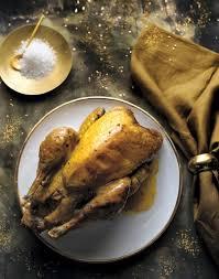 cuisiner un chapon chapon de pintade farci au foie gras recette de fête régal