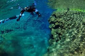 jeep snorkel underwater into the blue snorkeling in silfra þingvellir