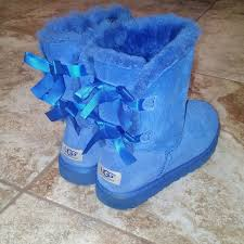 ugg bailey bow sale size 7 40 ugg boots s sz 7 blue bailey bow uggs from