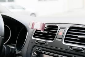 rose gold car grip in car vent holder for smartphones rose gold