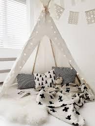 tente chambre garcon tipi la tente pour petit et grand enfant mon petit paradis by