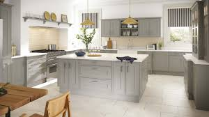 shaker style kitchen cabinets simple shaker style kitchen using