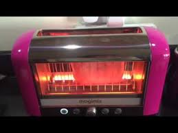 Magimix Clear Toaster Toasting Chicago Town Pizza With Magimix Toaster Youtube