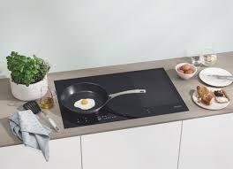 come pulire il piano cottura come pulire il piano cottura a induzione la cucina italiana