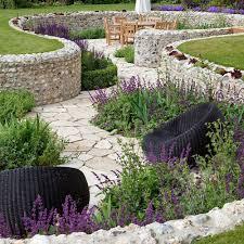 what a beautiful walkway idea it u0027s interesting how it is created
