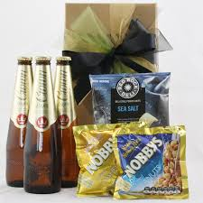 the best corporate gifts hamper ideas for staff rewards and