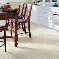 Pergo Oak Laminate Flooring Pergo American Cottage Classic Red Oak Laminate Flooring