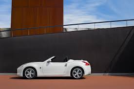 nissan 370z yearly changes 2011 nissan 370z roadster review top speed