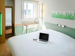 chambre hotel ibis budget ibis budget aéroport le bourget sur hôtel à