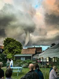 1000 ideeën over tornado news op pinterest stormen tornado u0027s