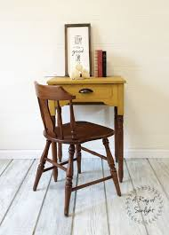 Small Entry Table by A Sewing Desk And Milk Paint A Ray Of Sunlight