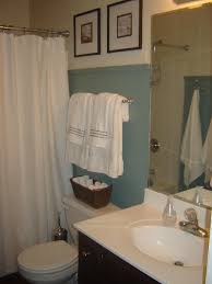 paint colors in cottage bathroom behr cloud burst