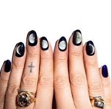 15 halloween nail art ideas zoomzee org