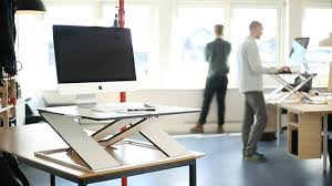 opløft adjustable standing desk makes a more dynamic workspace