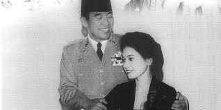 biografi dewi sartika merdeka com 4 kontroversi ratna sari dewi soekarno yang menggegerkan merdeka com