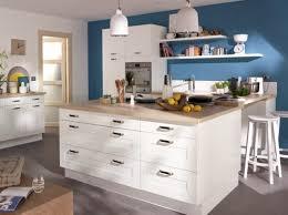 cuisine blanche et bleue exemple idee deco cuisine blanche et bleu