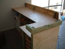 fabriquer bar cuisine fabriquer un comptoir de cuisine en bois newsindo co