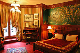 chambre 13 hotel hôtel la chambre d oscar wilde la n 16 à l hotel 13 rue des