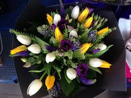 flowers delivered bobby s flowers flower arrangements and bouquets in city of london