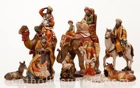 new heaven s majesty 11 nativity figure set with on
