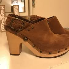 ugg dafni sale 79 ugg shoes ugg australia chestnut dafni clog size 9