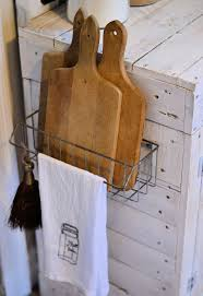Ingenious Kitchen Organization Tips And Storage Ideas - Kitchen cabinet towel rack