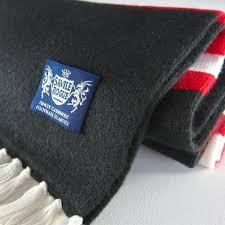 deluxe bar scarf black red white retro football club