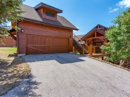 Garage With Bedroom Above Beautiful Cozy Cottage At Hollows Resort B Vrbo