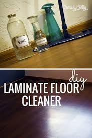 washing laminate floors with vinegar and water