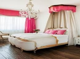 Pink And Gold Bedroom by Pink White And Gold Bedroom Pops Of Gold U0026 Pink Gorgeous Pink