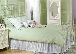 bed frames difference between twin trends metal frame headboard
