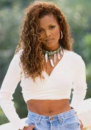 janet jackson hairstyles photo gallery janet jackson s hairstyle casual curly long hairstyle with