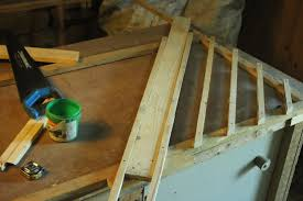 making trellis from pallet wood the green lever using minimal