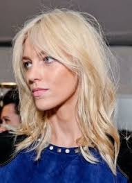 long hairstyles layered part in the middle hairstyle best 25 middle part bangs ideas on pinterest middle parting
