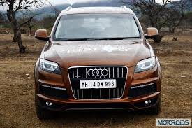 indian car on road audi q7 4 2 tdi review supersized luxury motoroids