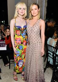 What Is In Style 2017 Elle Fanning Explains Her Bold Versace Look At The 2017 Instyle