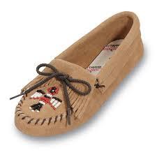 woman u0027s minnetonka moccasins buddy u0027s shoes