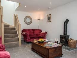 wisteria cottage ref ukc1005 in pont rhyd y groes near