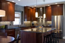 cuisine armoire brune kitchen contemporain cuisine autres péètres par