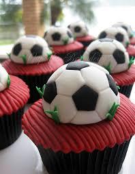 football cupcakes football teams jerseys cakes and cupcakes cakes and cupcakes mumbai