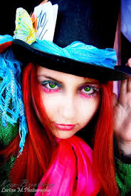 love the mad hatter eye make up with out the full face being done
