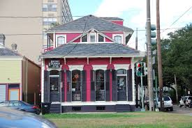 new orleans colorful houses colorful homes in new orleans stacy naquin interiors