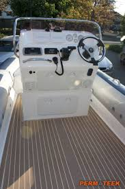 Vinyl Decking For Boats by Best 25 Synthetic Decking Ideas On Pinterest Composite Decking