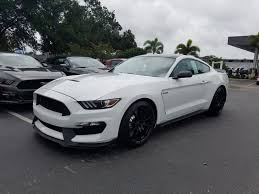 Mustang Black Roof 2017 Ford Mustang Shelby Gt350 2017 Ford Mustang Svt Shelby Gt350