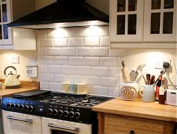 Kitchen Splashback Ideas Uk by How To Tile Bathrooms Or Kitchens Using Metro Or Subway Tiles