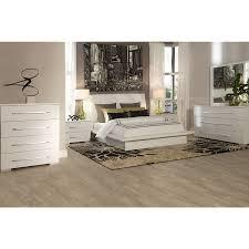 White Platform Bedroom Sets Dimora White Upholsterd Platform Bedroom