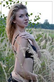 Frisur Lange Haare Kleid by Kostenlose Foto Natur Person Mädchen Frau Haar Fotografie
