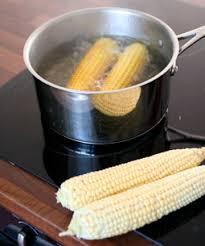cuisiner des epis de mais cueillette et cuisson d un épi de maïs