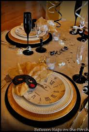 New Year S Eve Dinner Decorations by A New Year U0027s Table Setting With Pottery Barn Clock Plates Table